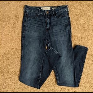 HOLLISTER—High Rise Jegging